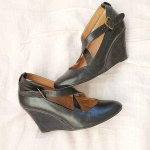 Urban Outfitters classic shoes